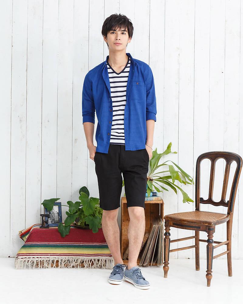 七分袖シャツ+半袖Tシャツ×ショートパンツ