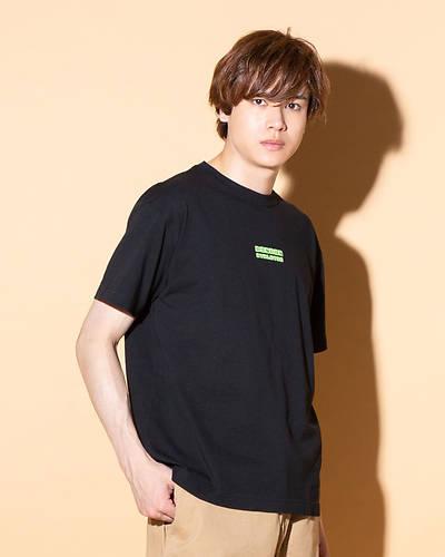 DISCUS ATHLETICクルーネックTシャツ(ブラック)