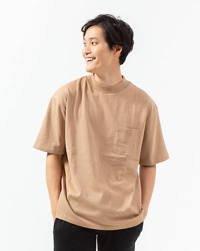 モックネックTシャツ(ベージュ)