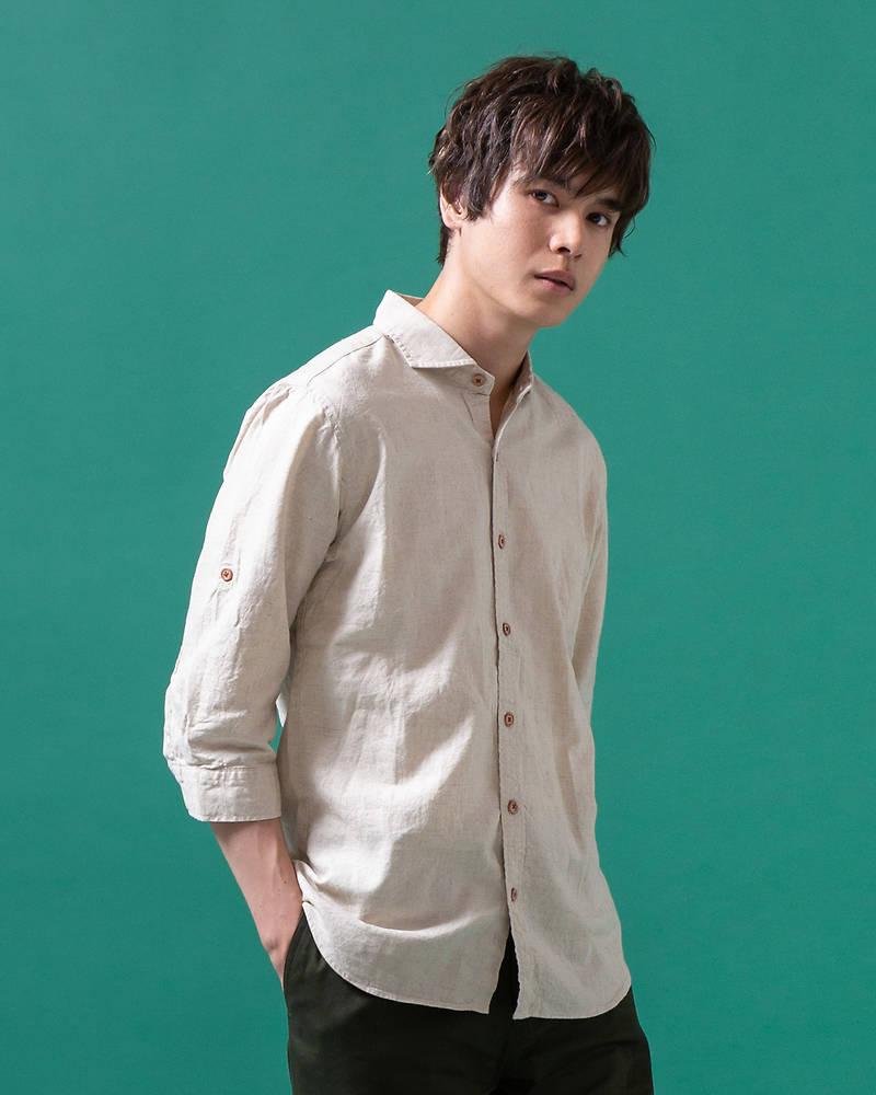 【国産の厳選した生地を使い、縫製も全て「日本製」にこだわった逸品です!上質麻素材で暑い夏にぴったりな涼感あるコーデに◎襟の開きが広いホリゾンタルカラーは首元がスッキリと見えます!】日本製綿麻ホリゾンタルカラー七分袖シャツ(キナリ)