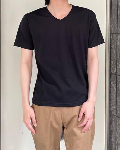 半袖VネックTシャツ(ブラック)
