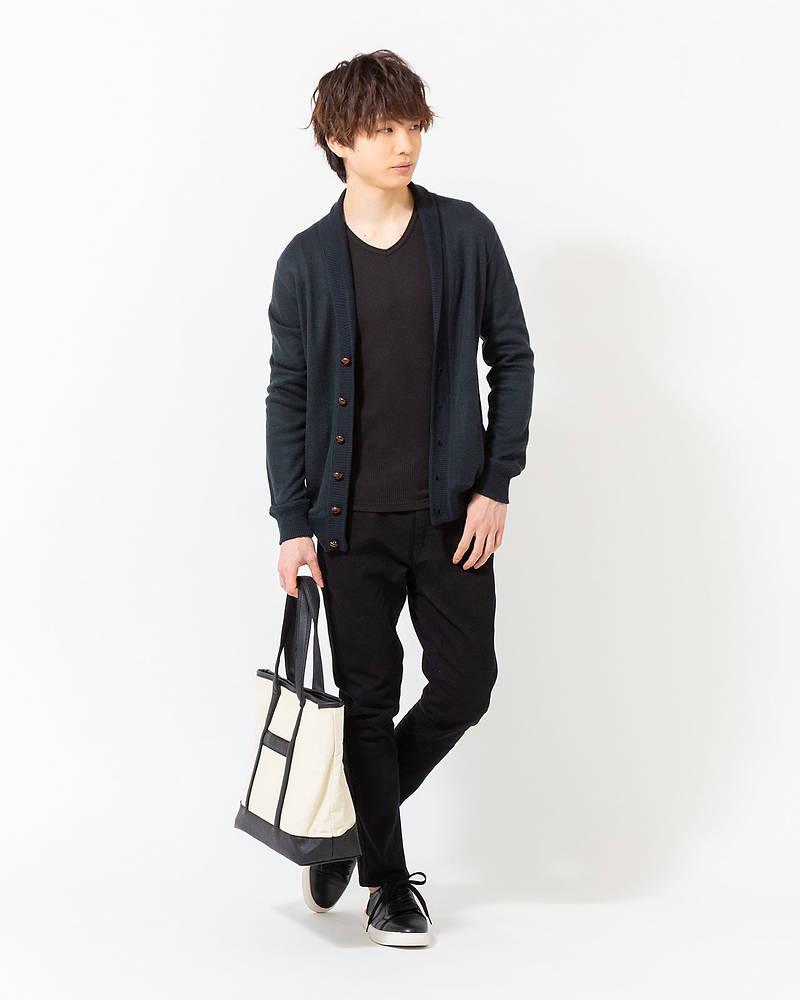 メンズファッションプラスカーディン×長袖Tシャツ×パンツコーデ