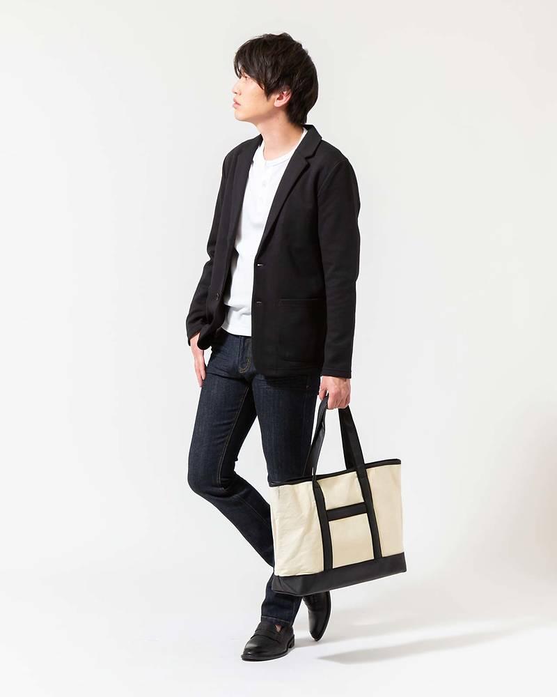 メンズファッションプラステーラードジャケット×長袖Tシャツ×パンツコーデ