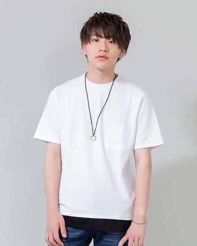 ネックレス付きフェイクレイヤードシアサッカー半袖Tシャツ(ホワイト×ブラック)