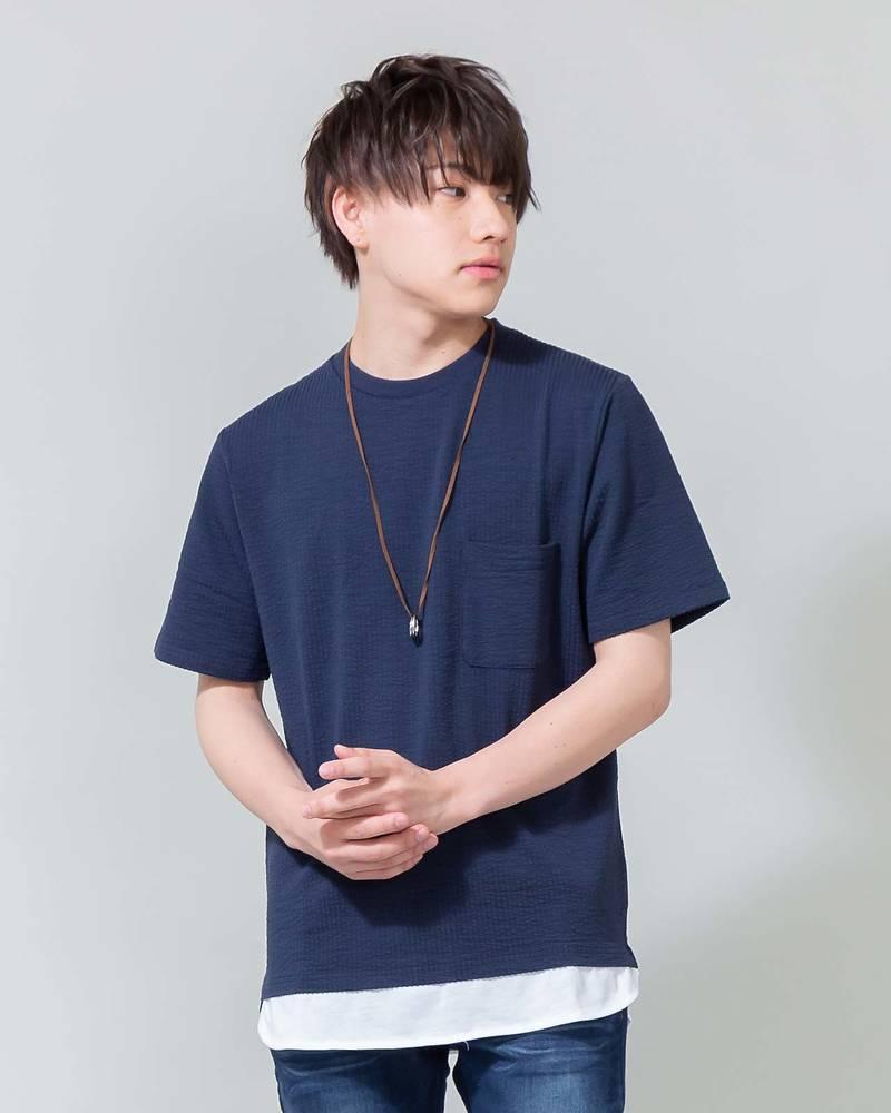 ネックレス付きフェイクレイヤードシアサッカー半袖Tシャツ(ネイビー×ホワイト)