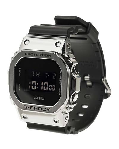 カシオG-SHOCK海外モデルスクエアデザイン腕時計GM-5600-1(ブラック)
