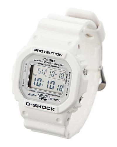 カシオG-SHOCK海外モデルマリーンホワイト腕時計DW-5600MW-7(マリーンホワイト)