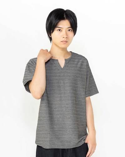 接触冷感タックジャガードキーネック半袖Tシャツ(ブラック)